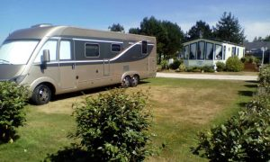 Emplacements Camping Le Canada - Saint Marcouf - Camping Car